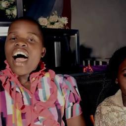 Mtukuzeni Choir - Amezaliwa Yesu